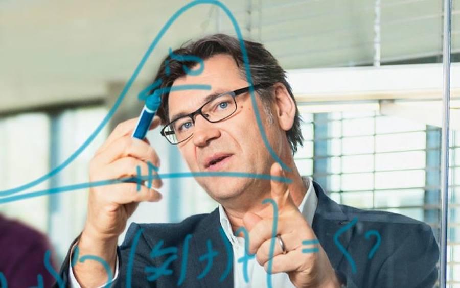 Michael Feindt (JDA):»Personne n'a la capacité de prendre 20 millions de décisions par jour. L'intelligence artificielle si.» – LSA