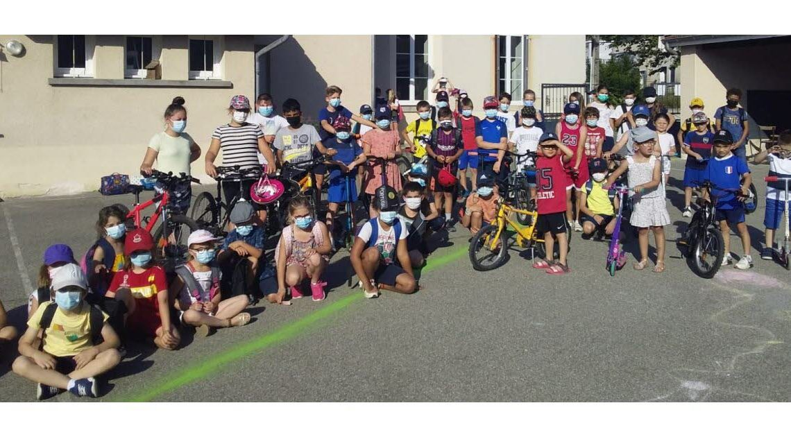 Meyrieu-les-Étangs. Range vélos saturé, le challenge mobilité a marché – Le Dauphiné Libéré