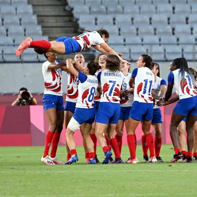 La médaille d'argent des Bleues au rugby à 7, un symbole du collectif très fort de ce groupe – L'Équipe.fr